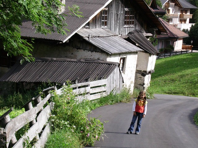 Colfosco, Weg zum Dorf