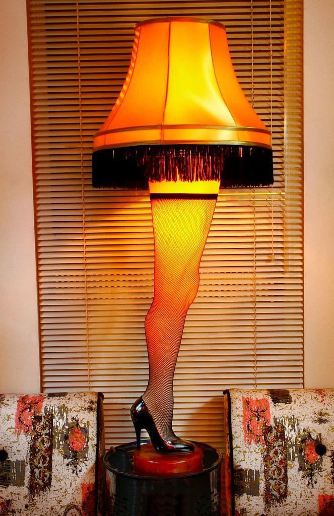 A Christmas Story Leg Lamp.Leg Lamp A Christmas Story Exact Replica It Z Fraa G