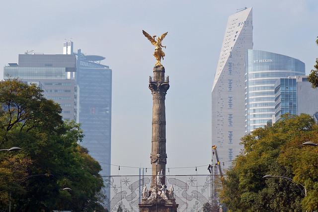 El Angel de la Independencia, Paseo de la Reforma