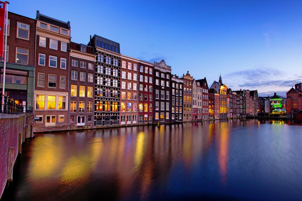 Ten seconds in Amsterdam