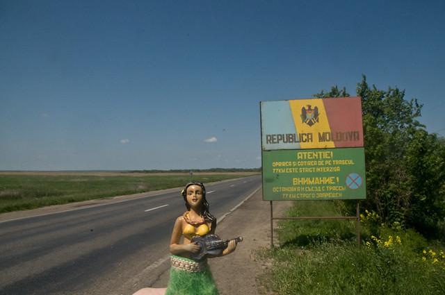 Hula Girl: Moldova