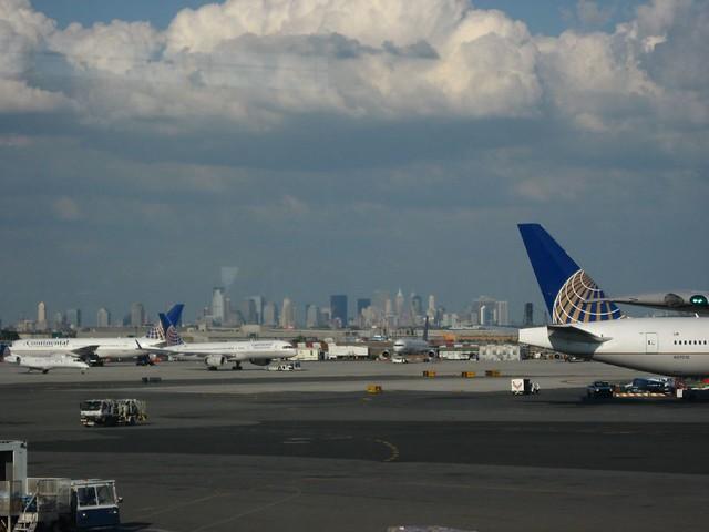 New York Skyline From Newark International Airport New Je Flickr