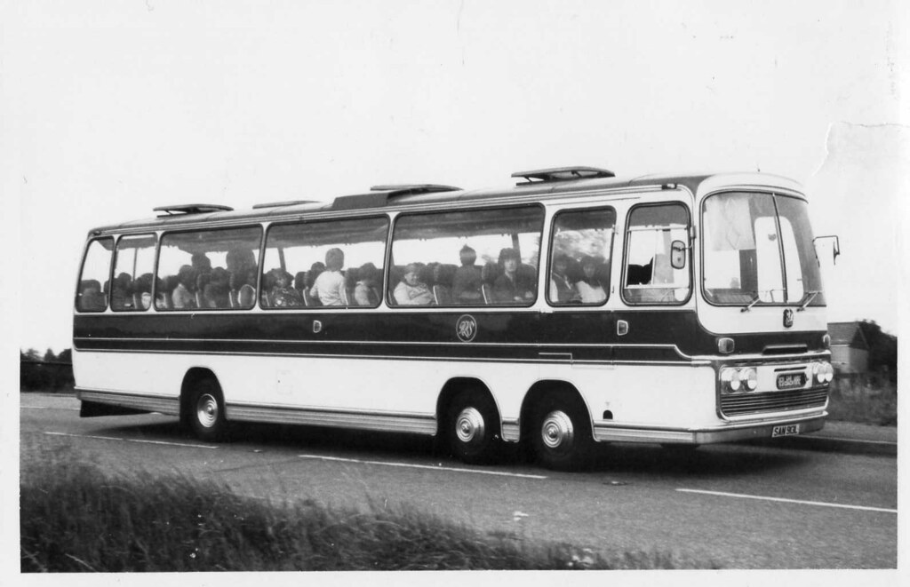 Twin Steer Fever Part Iii San913l R Drewery Red Car Coach Flickr