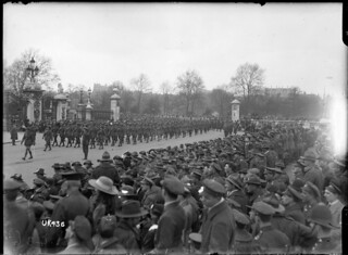 A battalion of New Zealand troops marches past Buckingham Palace, London, May 1919