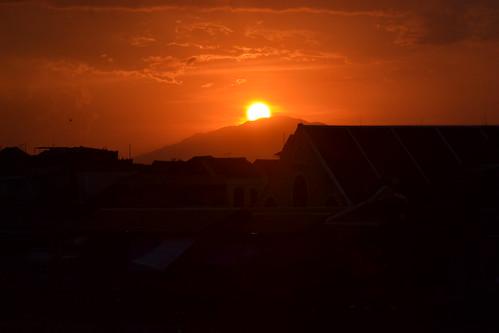 morning sunset red summer sun beach sunrise river landscape nikon vietnam hoian hoianoldtown hoianancienttown sunriseinhoian sunsetinhoian sunriseonriverhoian sunsetonriverhoian sunrisecruiseonriverhoian sunriseonbeachhoian sunsetcruiseonriverhoian sunsetonbeachhoian