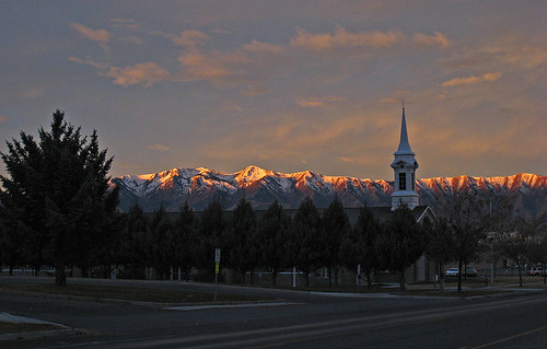 winter usa sunrise utah providence club100 vogonpoetry wellsvillemountains orig:file=img1803 nopin