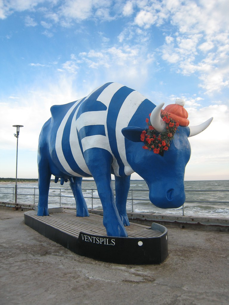 Ventspilsi sümbol - lehm. Cow is the symbol of Ventspils