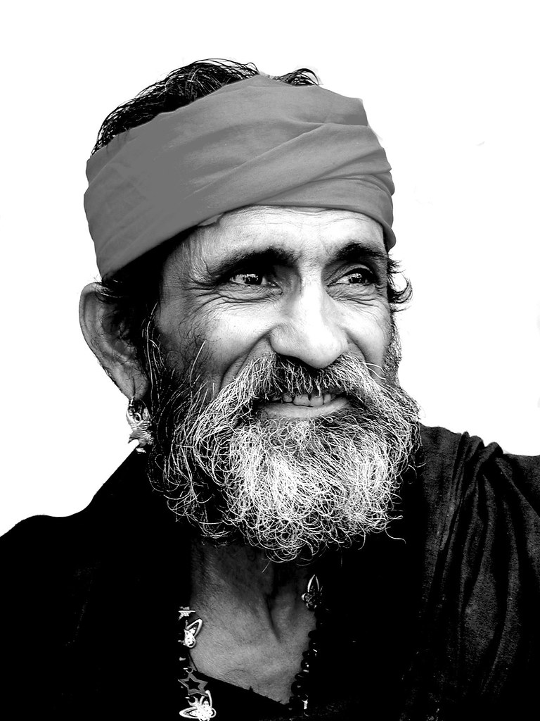 Malang Baba Watch His Eyes And Wrinkles Around It Explo Flickr