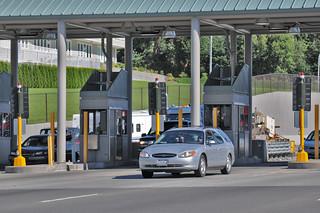SR 16 Tacoma Narrows Bridge Toll Plaza   Drivers without a G