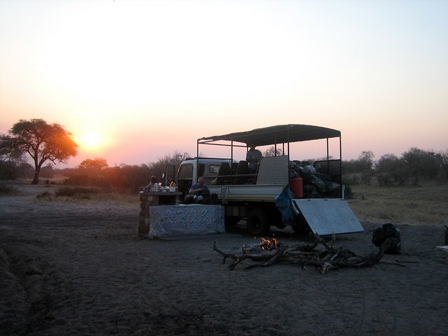 Sfollati al tramonto
