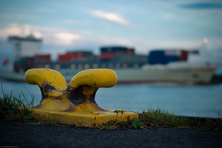 Typical Elbe Bokeh? | by eriwst