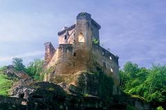 Château de Commarque ruins
