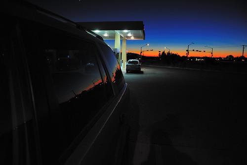 sunset newmexico reflection car gasstation nikond3 nikon2470mmf28g stream:timeline=linear eldoradoatsantafe