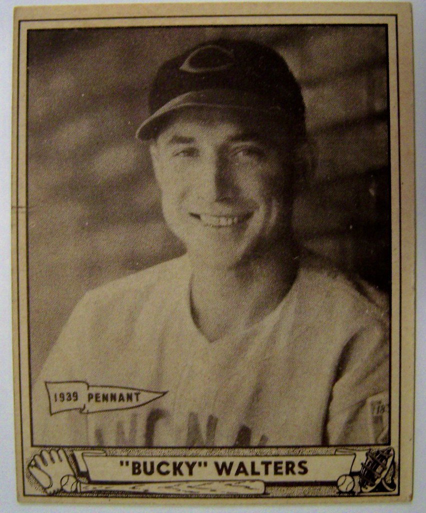 1940 Bucky Walters Cincinnati Reds Play Ball Baseball Card Flickr
