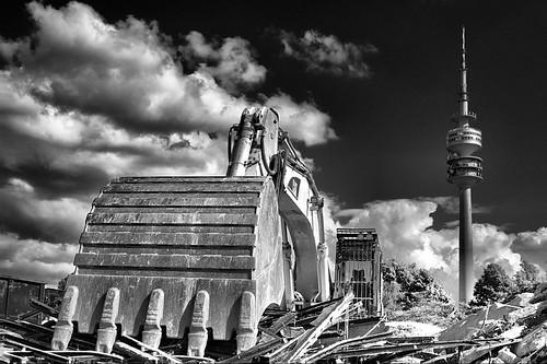 destruction ahead by SophieMuc