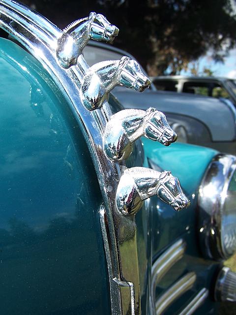 Renault hood ornament.jpg