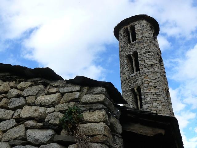 Iglesia parroquial de Santa Coloma, uno de los prodigios del románico en Andorra