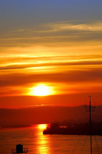 red sky reflection water beautiful clouds sunrise saturated nikon quiet quality super best romania 2007 mehedinti 18135 d80 drobetaturnuseverin