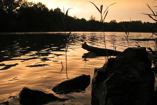 sunset sky sun newyork water rain geotagged rocks unitedstates syracuse fayetteville greenlakes syracuseny greenlakesstatepark kirkville geo:lat=4305489178 geo:lon=7596274344