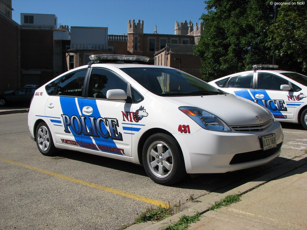 University Of Toyota >> University Police Car Toyota Prius Outside The Police St
