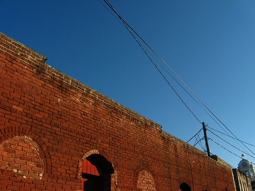 street blue red sky fall ga georgia cool bricks bluesky winder 2008 barrow redbricks barrowcounty windergeorgia wetslug markhewatt huecycle