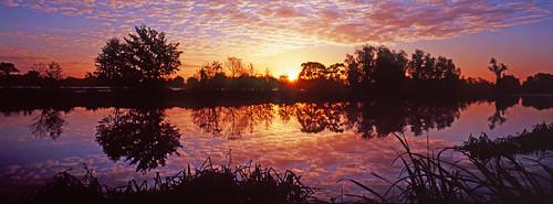 england sunrise panoramic riverthames xpan oxfordshire thamesvalley shiplakecollege