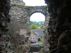 Castle ruins / Руини на замък