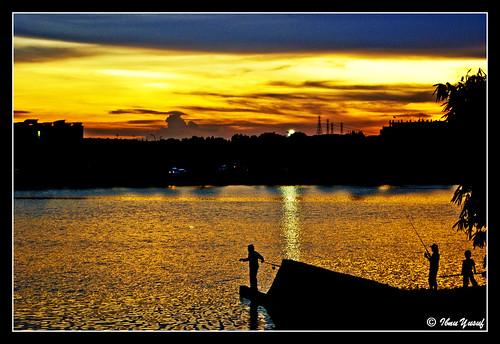 sunset fishing sundown explore malaysia a200 selangor shahalam section7 lakegarden sonydslr mywinners tacklers anawesomeshot citrit theunforgettablepictures ibnuyusuf theperfectphotographer goldstaraward mysonia
