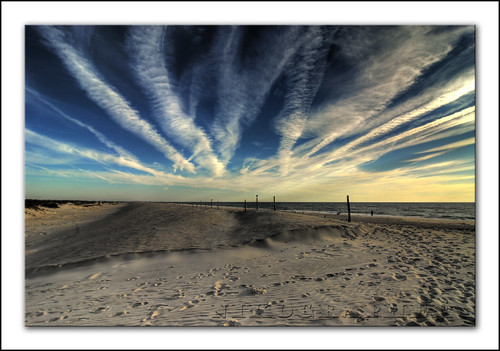 blue beach clouds fence landscape landscapes md nikon october dunes oct footprints maryland d200 assateagueisland 2008 contrails hdr photomatix nikond200 20081011d200133671