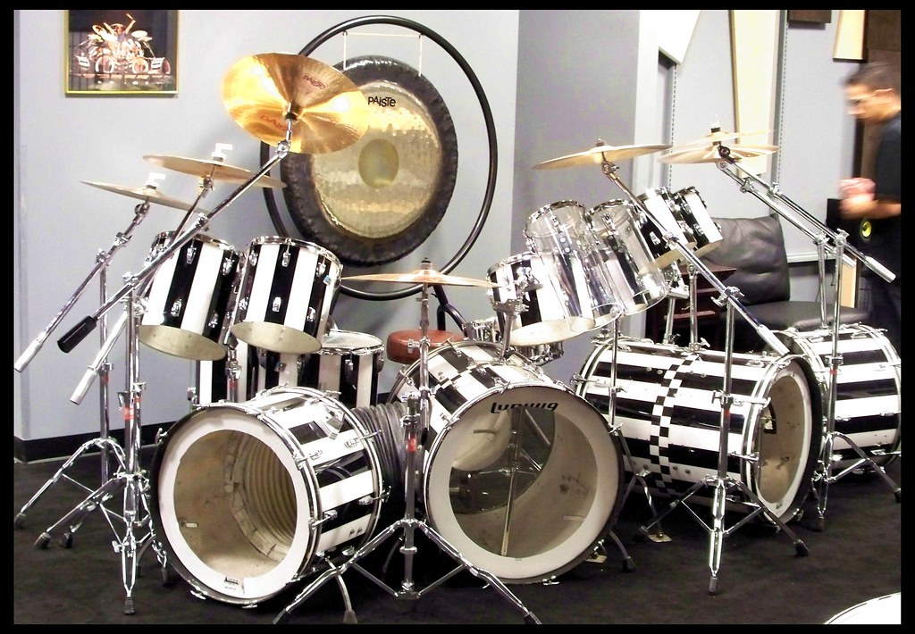 Avh Drums Alex Van Halen Drumkit I Was Gonna Buy It But M Flickr