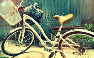 Getting the cruiser out to run errands. Forgot how much I love this bike. | by brenbot