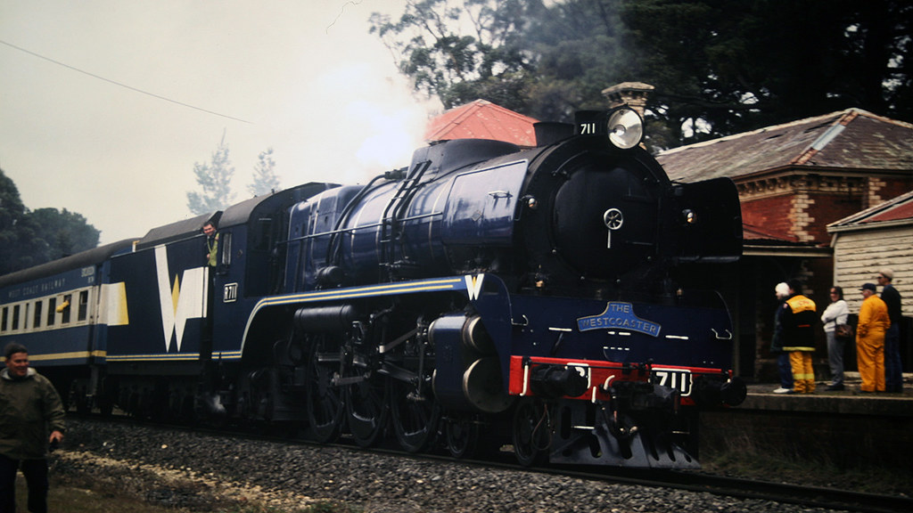 R711 takes water at Creswick by michaelgreenhill
