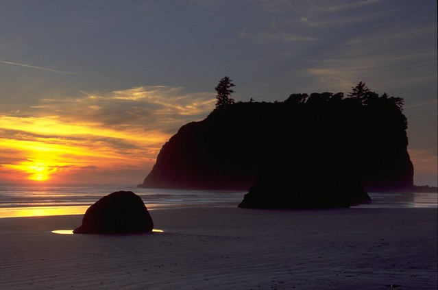 Olympic National Park -- Ruby Beach Sunset Sequence #3
