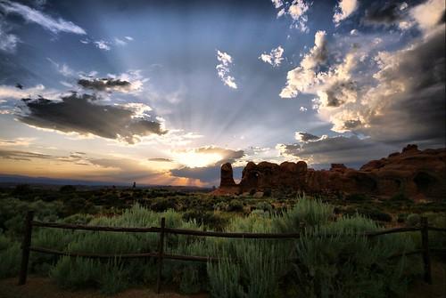 sunset utah moab archesnationalpark mywinners