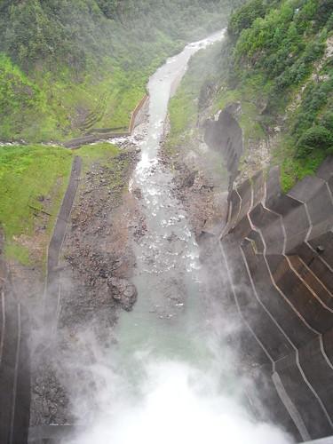 ダムの中心の真上から2 | by sotarok