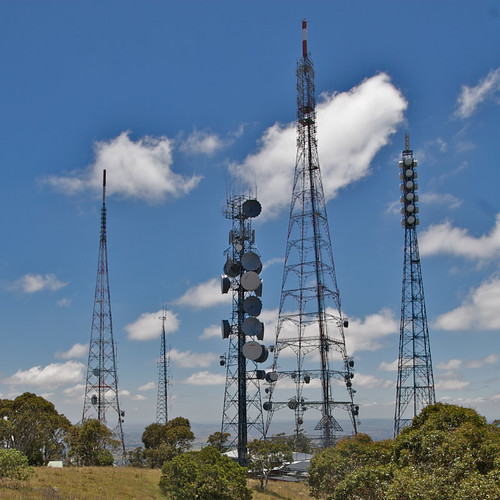 orange tower day time outdoor australia nsw newsouthwales aus antenna mountcanobolas centralwest imagetype telecommuncation photospecs
