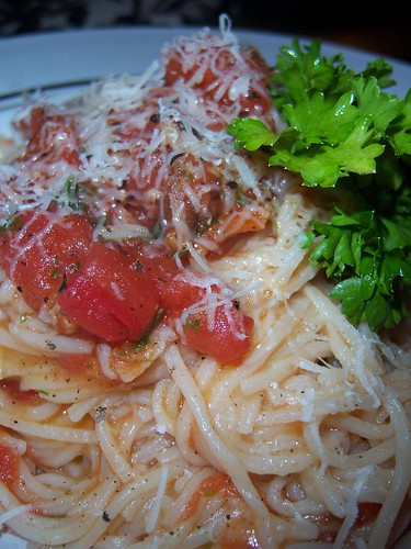 Fresh Capellini with Tomato & Parsley | by chefelf
