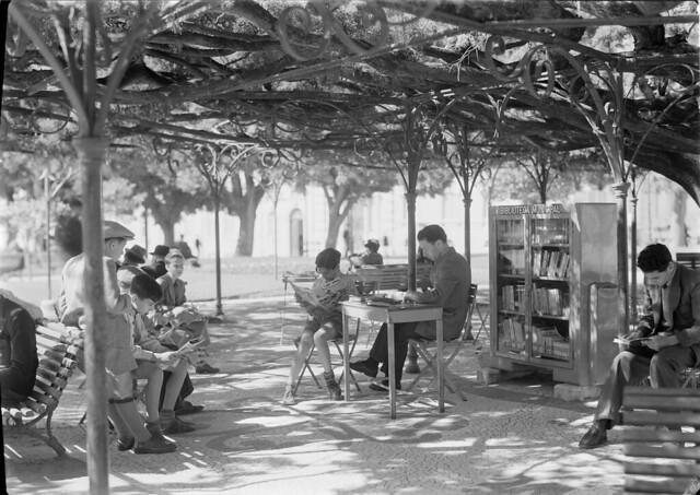 Biblioteca de Jardim. Lisboa, Portugal