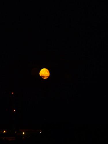 ireland moon galway night galwaybay underthebigsky irelandinmyheart bytherisingofthemoon