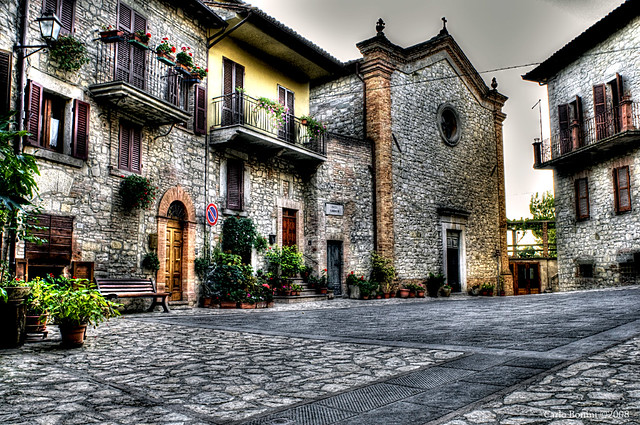 Monte Castello di Vibio - Piazza Garibaldi