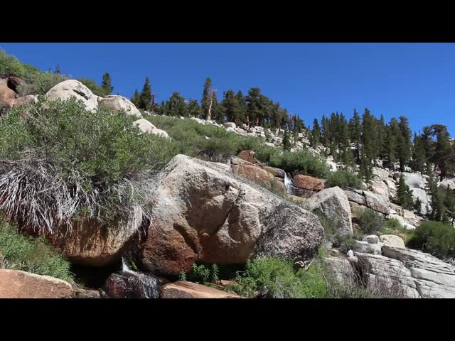 0882 Video of the waterfall on Cottonwood Creek just below the main basin