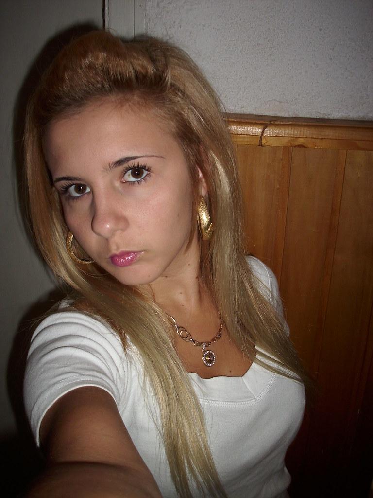 blond hexe