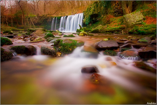 longexposure winter cold water river geotagged nationalpark dream breconbeacons explore waterfalls softfocus icy meet picks wfc powys pontneddfechan circularpolariser canonefs1022mmf3545usm afon rhaeadr earlybird ystradfellte brycheiniog neutraldensity explored mellte clungwyn ortoneffect welshflickrcymru waterfallswalk canoneos40d neathandporttalbot andrewwilliamdavies sgwduchafddwli bannaubrecheiniog bwnd106 pontmelinfach geo:lat=51780533 geo:lon=3584933 gettyartistpicksoctober09