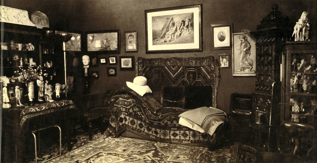 Freud's Couch | A revolutionary piece of furniture in a revo… | Flickr