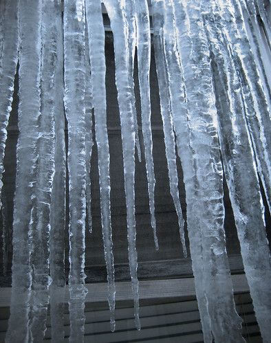icicles.jpg   by gravity0069