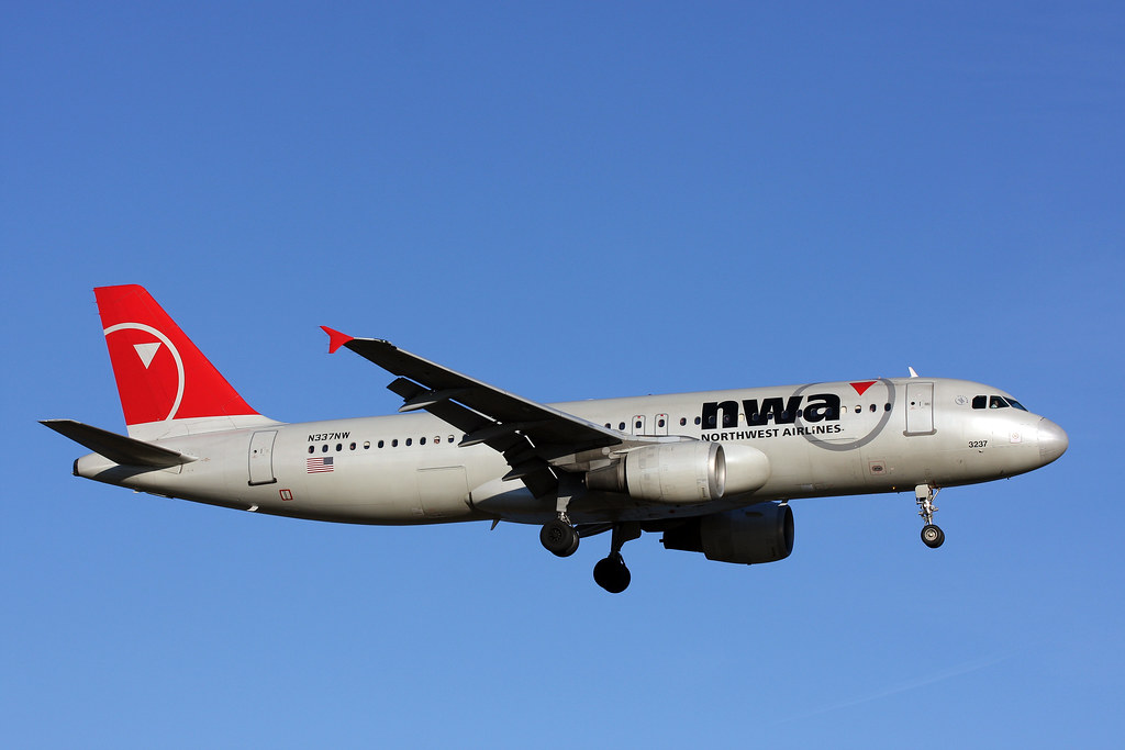 A320.N337NW