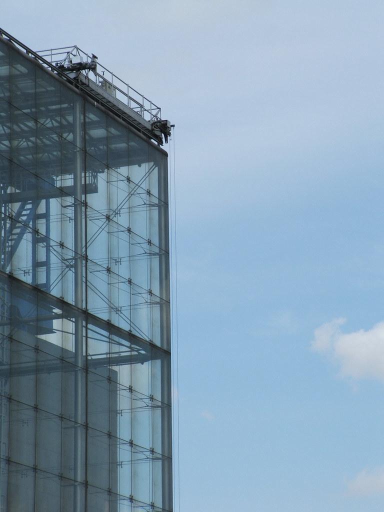 Suspended Glass Vetrata Sospes Serre La Villette Parig