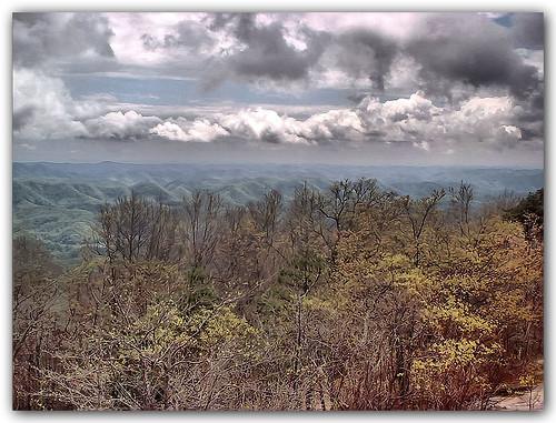 mountain tower clouds landscape virginia mendota washingtoncounty clinchmountain