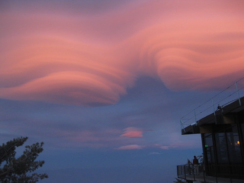 sunset evening mountainstation palmspringsaerialtramway lenticularclouds highwinds
