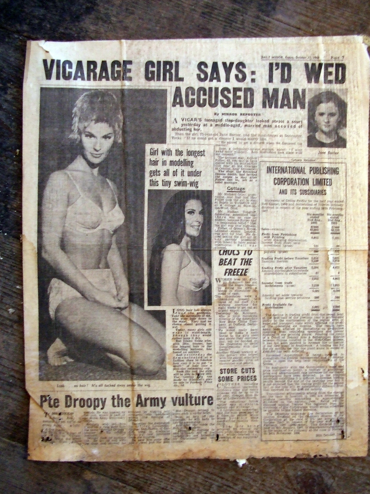 1960s newspaper, Admiralty House